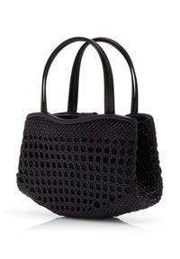 MANOLO BLAHNIK - Czarna torebka do ręki Petit. Kolor: czarny. Wzór: aplikacja. Rodzaj torebki: do ręki