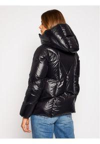 Czarna kurtka zimowa Hetrego #5