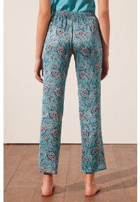 Etam - Spodnie piżamowe Bahiya. Kolor: turkusowy