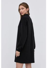 Nissa - NISSA - Sukienka. Okazja: na co dzień. Kolor: czarny. Materiał: dzianina. Wzór: gładki. Typ sukienki: proste. Styl: casual