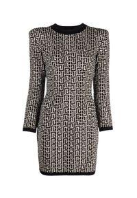 Balmain - BALMAIN - Żakardowa sukienka z monogramem. Kolor: czarny. Materiał: żakard. Długość rękawa: długi rękaw. Wzór: aplikacja. Typ sukienki: dopasowane. Długość: mini
