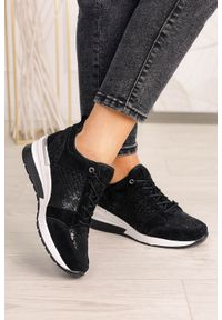 Filippo - Czarne sneakersy filippo buty sportowe sznurowane skórzane dp1505/20bk. Kolor: czarny. Materiał: skóra