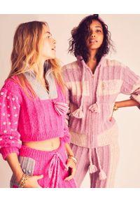 LOVE SHACK FANCY - Kolorowy sweter Tirzah. Okazja: na co dzień. Kolor: beżowy. Materiał: wełna, jeans. Wzór: kolorowy. Sezon: wiosna. Styl: klasyczny, casual