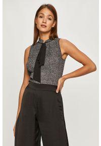Czarna bluzka DKNY bez rękawów, casualowa, na co dzień