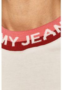 Biała bluzka Tommy Jeans casualowa, z nadrukiem, na co dzień