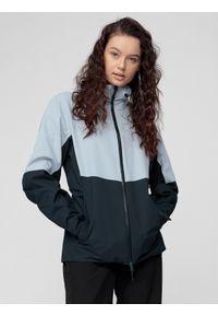 Niebieska kurtka przeciwdeszczowa 4f