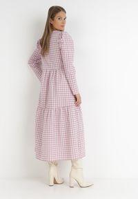 Born2be - Różowa Sukienka Parmene. Kolor: różowy. Styl: klasyczny. Długość: midi