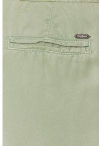 Pepe Jeans - Spodnie Dash. Okazja: na co dzień. Kolor: zielony. Materiał: tkanina. Styl: casual