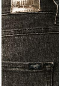 Szare jeansy Mustang z podwyższonym stanem