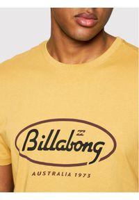 Billabong T-Shirt State Beach Tee S1SS03BIP0 Żółty Regular Fit. Kolor: żółty