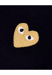 COMME DES GARCONS PLAY - Wełniany sweter ze złotym sercem. Typ kołnierza: dekolt w kształcie V. Kolor: niebieski. Materiał: wełna. Styl: klasyczny, elegancki #4