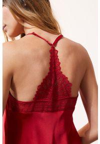 Czerwona piżama Etam