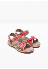 Czerwone sandały bonprix na rzepy