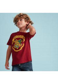 Reserved - T-shirt Harry Potter - Bordowy. Kolor: czerwony