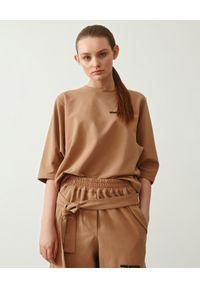 MMC STUDIO - Luźny t-shirt Power. Kolor: beżowy. Materiał: tkanina, bawełna