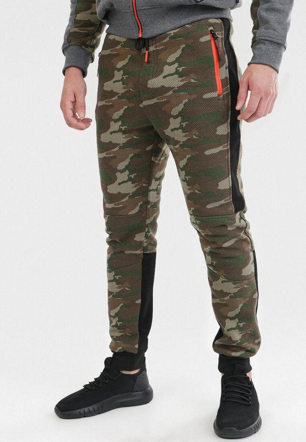 Zielone spodnie dresowe Born2be