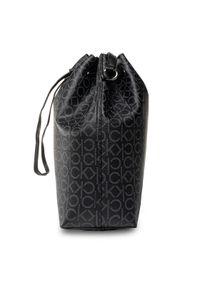 Czarna torebka worek Calvin Klein