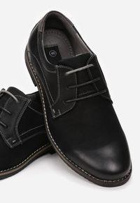 Born2be - Czarno-Szare Półbuty Sanah. Nosek buta: okrągły. Kolor: czarny. Materiał: nubuk, skóra, syntetyk. Szerokość cholewki: normalna. Wzór: aplikacja. Obcas: na płaskiej podeszwie. Styl: klasyczny, elegancki