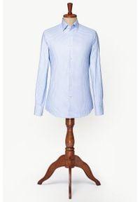 Lancerto - Koszula Błękitna w Kratę Ragusa. Typ kołnierza: button down. Kolor: niebieski. Materiał: tkanina, bawełna. Wzór: ze splotem, kratka, aplikacja. Sezon: lato. Styl: vintage