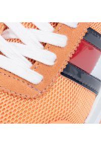 Pomarańczowe półbuty Tommy Jeans z cholewką, na płaskiej podeszwie