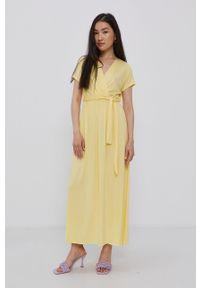 Haily's - Sukienka. Kolor: żółty. Materiał: dzianina. Długość rękawa: krótki rękaw. Wzór: gładki. Typ sukienki: rozkloszowane