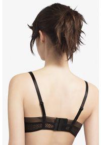 Passionata by Chantelle - Biustonosz. Kolor: czarny. Rodzaj stanika: odpinane ramiączka, biustonosz z fiszbinami