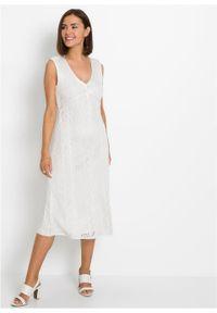 Sukienka dzianinowa w ażurowy wzór bonprix biel wełny. Kolor: biały. Materiał: wełna, dzianina. Wzór: ażurowy
