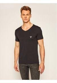 Guess T-Shirt U97M01 JR003 Czarny Slim Fit. Kolor: czarny