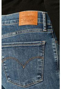 Levi's® - Levi's - Jeansy 710. Okazja: na spotkanie biznesowe. Kolor: niebieski. Styl: biznesowy