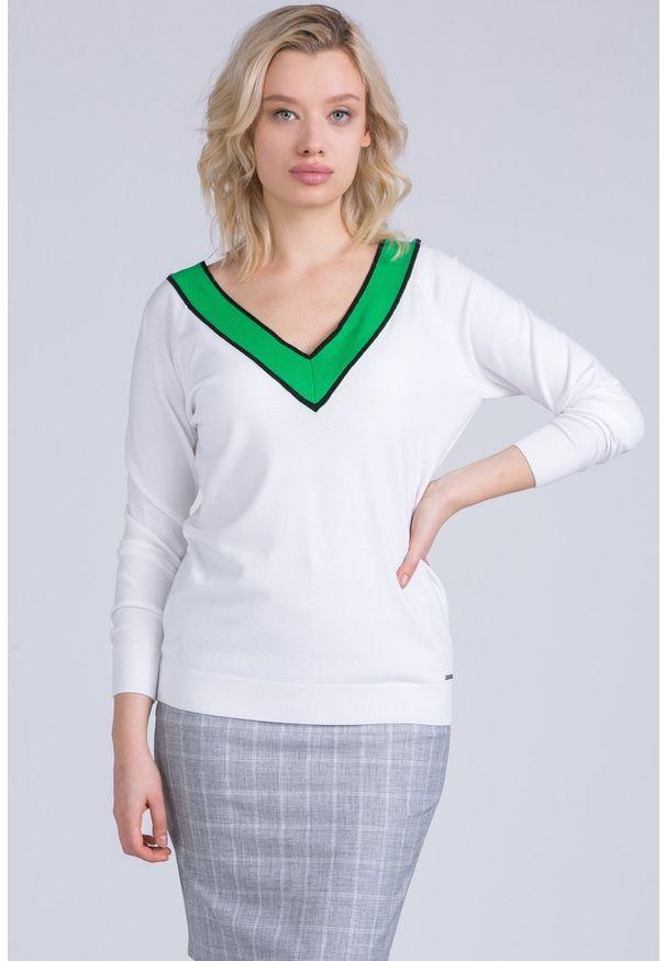 Biały sweter Monnari z dekoltem w serek, z długim rękawem