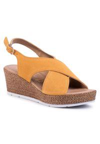 Żółte sandały Marco Tozzi casualowe, na co dzień