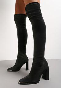 Renee - Czarne Kozaki Callyle. Wysokość cholewki: za kolano. Zapięcie: bez zapięcia. Kolor: czarny. Szerokość cholewki: normalna. Obcas: na słupku. Styl: klasyczny