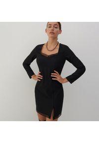 Reserved - Sukienka z wiskozą - Czarny. Kolor: czarny. Materiał: wiskoza