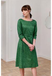 Marie Zélie - Sukienka Asteria Idella zielona. Kolor: zielony. Materiał: bawełna, skóra, materiał. Wzór: gładki. Typ sukienki: trapezowe. Styl: klasyczny