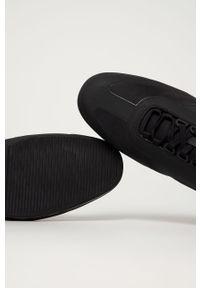 Czarne sneakersy BOSS z cholewką, na sznurówki, z okrągłym noskiem
