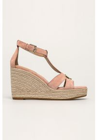 Różowe sandały Lauren Ralph Lauren na koturnie, na klamry, na średnim obcasie