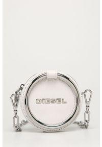 Biała listonoszka Diesel