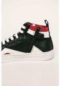 Czarne buty sportowe Guess z okrągłym noskiem, z cholewką