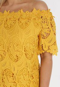 Born2be - Żółta Bluzka Typheseus. Kolor: żółty