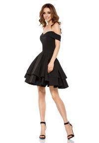 Czarna sukienka na wesele Lemoniade elegancka