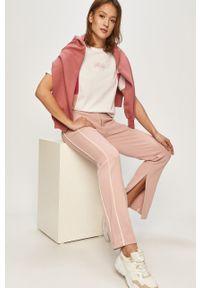 Różowe spodnie dresowe Fila gładkie