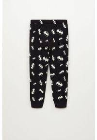 Czarna piżama Mango Kids z motywem z bajki