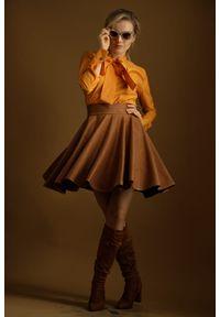 Brązowa spódnica Hultaj Polski z podwyższonym stanem, w kolorowe wzory