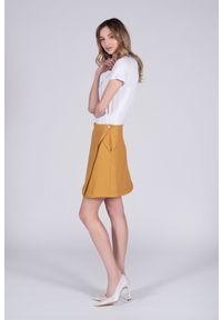 VEVA - Spódnica z ekoskóry Brave heart musztardowa. Kolor: żółty. Długość: długie. Sezon: wiosna