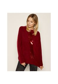 Czerwony sweter klasyczny Laurèl