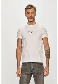 TOMMY HILFIGER - Tommy Hilfiger - T-shirt. Okazja: na co dzień. Kolor: biały. Materiał: bawełna, dzianina. Wzór: nadruk. Styl: casual