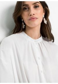 Bluzka oversize bonprix biały. Kolor: biały