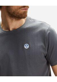 North Sails - NORTH SAILS - Grafitowy t-shirt z naszywanym logo. Kolor: szary. Materiał: bawełna. Wzór: aplikacja #3
