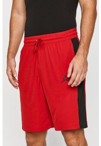 Jordan - Szorty. Kolor: czerwony. Materiał: dzianina. Wzór: aplikacja