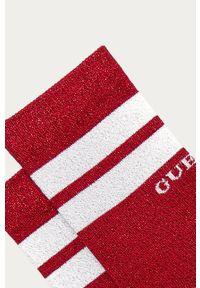 Czerwone skarpetki Guess Jeans z nadrukiem